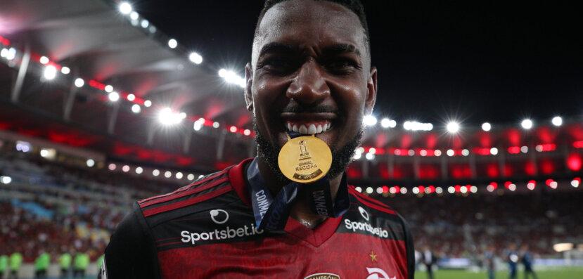 Gerson já tem data prevista para se apresentar ao Olympique; mas Flamengo quer liberá-lo após jogo da Libertadores