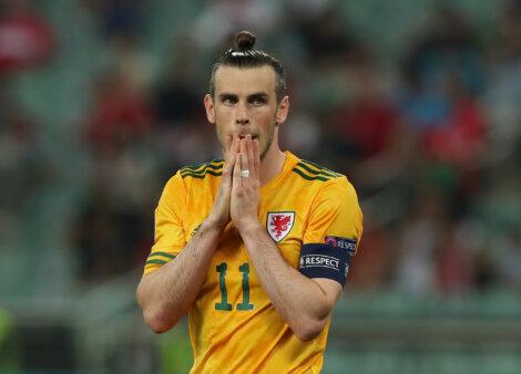 Bale isola a bola