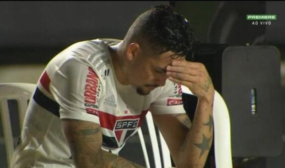 Comentarista se engana e diz que São Paulo 'joga a Série B'