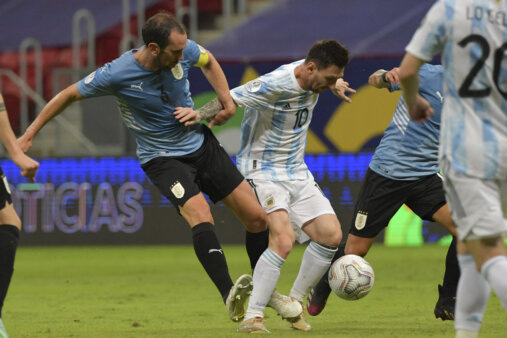 Messi x Godin - Segunda rodada Copa America