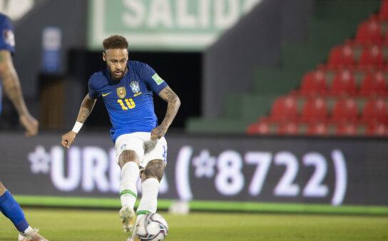 Neymar marcou em duelo do Brasil.