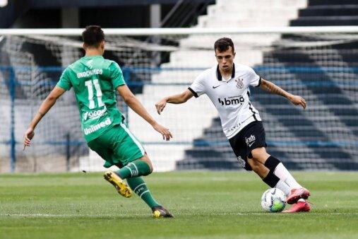 zagueiro do Corinthians