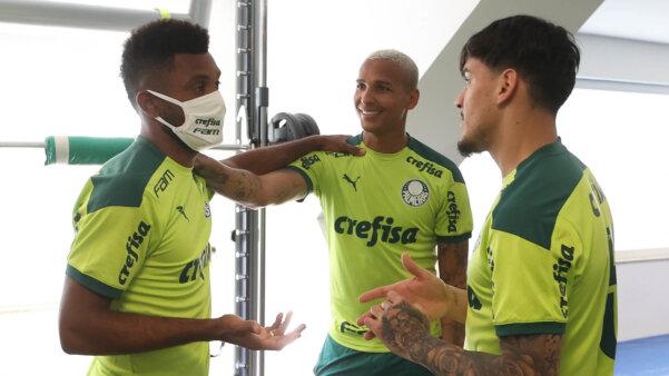 Borja, Deyverson e Gomez no Palmeiras