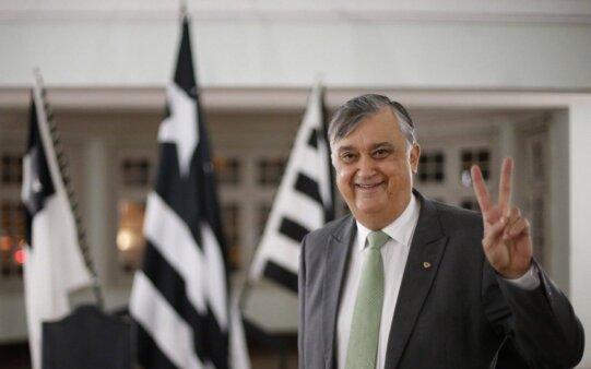 Botafogo segue no mercado em busca de técnico após Lisca rejeitar o convite do clube