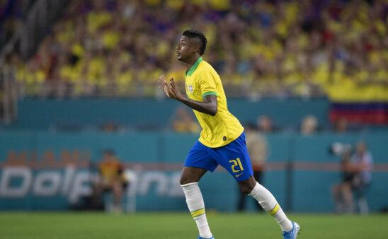 """Bruno Henrique """"sumiu"""" da Seleção."""