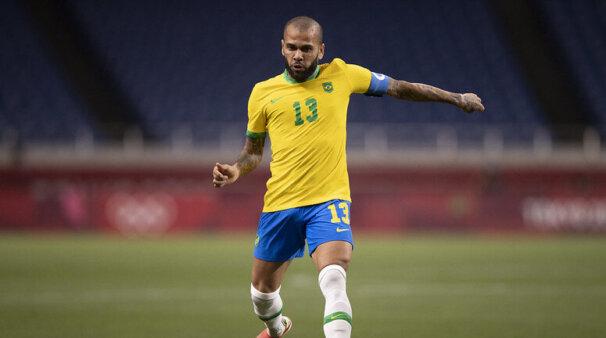 Daniel Alves falou sobre jogo do Brasil.