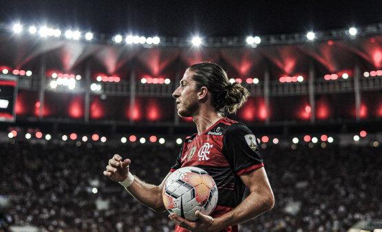 Filipe Luís falou sobre o futebol sul-americano.