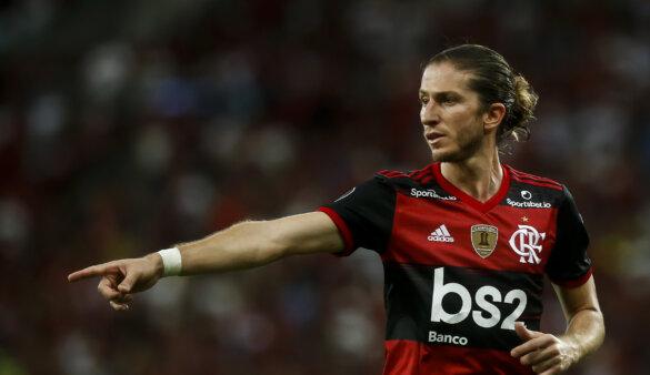 Filipe Luís ainda não renovou com o Flamengo.