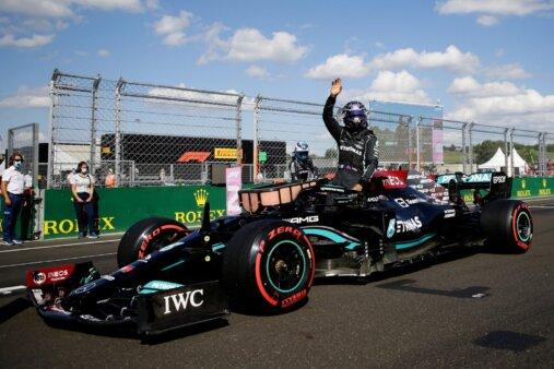 Lewis Hamilton é pole position no GP da Hungria