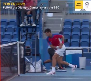 Djokovic teve momento de fúria nas Olimpíadas.