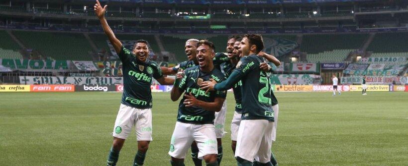 Brasileirão: com gol relâmpago, Palmeiras bate o Grêmio e vira líder