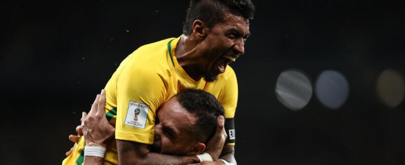 Giuliano, Paulinho e Renato Augusto: a situação dos meias no Corinthians