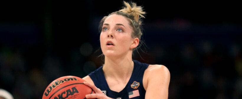 Olimpíada de Tóquio: pivô Katie Lou Samuelson de basquete dos EUA está fora dos Jogos