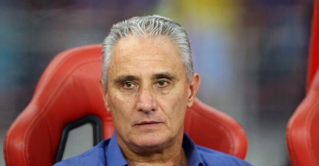 Tite recebeu críticas após derrota do Brasil.