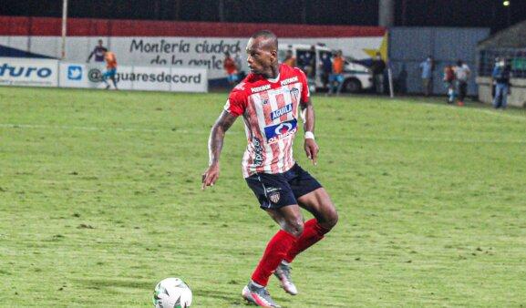 Velasco pode acertar com o Palmeiras.