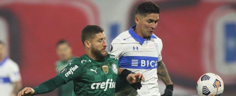 Volante do Palmeiras faz desarme deitado na Libertadores; assista