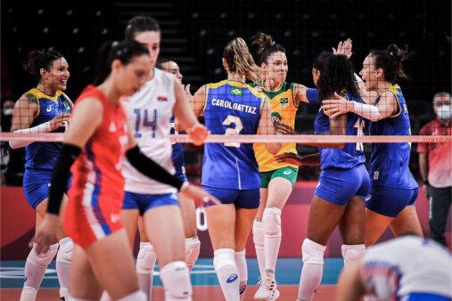 Cena do jogo Brasil x Japão pelo torneio feminino dos Jogos Olímpicos. Brasil de azul