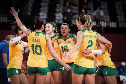 Brasil atropela Coréia do Sul e vai em busca de sua terceira medalha de ouro no vôlei feminino