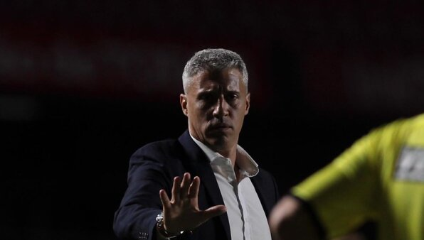 São Paulo já estaria articulando substituto de Crespo.
