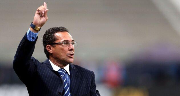Vanderlei Luxemburgo é o favorito para comandar o Cruzeiro