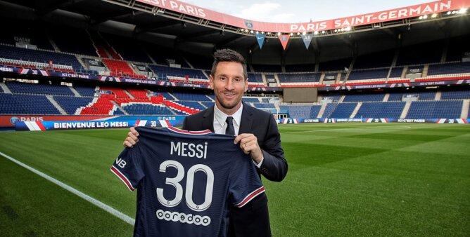 Messi chegou ao PSG.