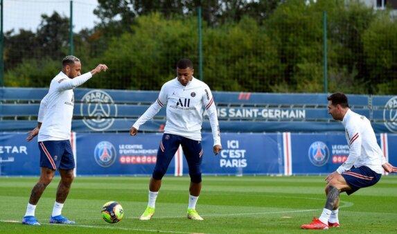Mbappé recusou renovar com o PSG.