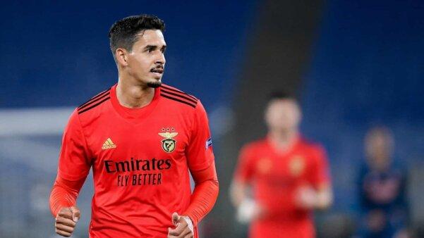 Lucas Veríssimo em ação pelo Benfica