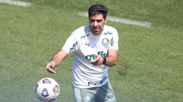 Abel pode ganhar reforço no Palmeiras.