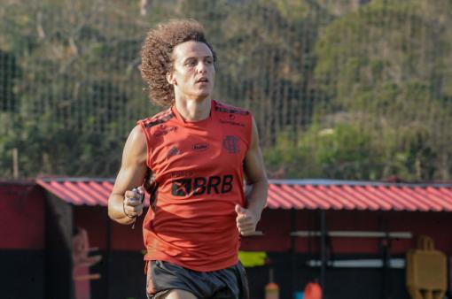David Luiz pode estrear no Flamengo.