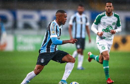 Grêmio luta contra o Z-4 no Brasileirão.