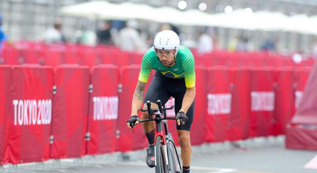 Lauro Chaman ficou em 4º lugar na final do ciclismo de estrada, classe C4-5, nas Paralimpíadas de Tóquio 2020