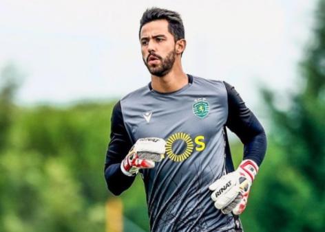 Alvo do Palmeiras, goleiro ex-São Paulo pode chegar a dois anos sem jogar