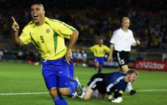 45 anos de Ronaldo: veja como foi a carreira do 'Fenômeno'