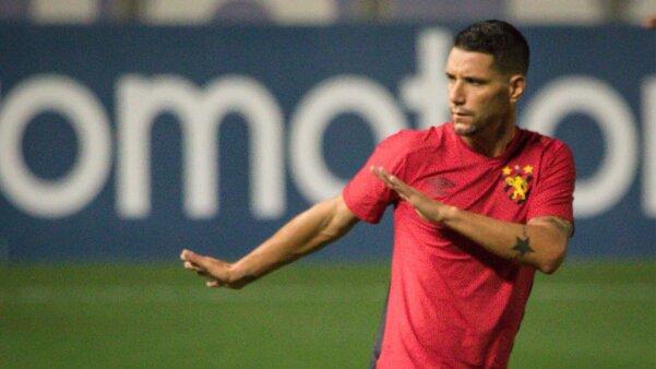Thiago Neves em ação pelo Sport