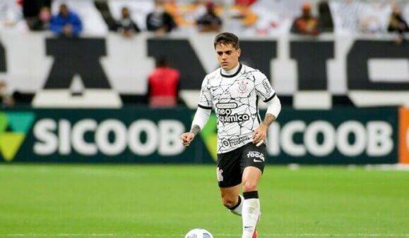 Substituto Fagner lateral-direita Corinthians São Paulo