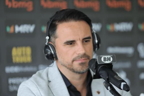 Rodrigo Caetano falou sobre mala branca no Brasileirão.