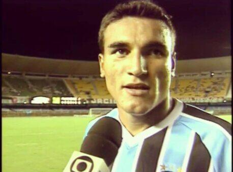 Tiago Prado